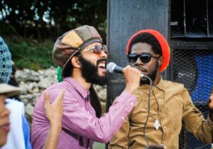 """Chronixx and Proteje performing """"Who Knows"""""""